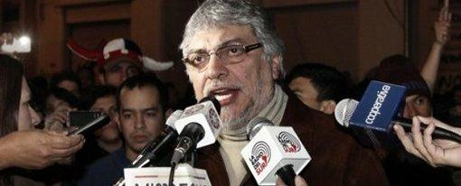 Экс-епископу объявлен импичмент, к власти  в Парагвае пришел Франко