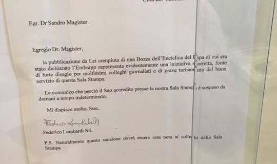 Ватиканская пресс-служба приостановила аккредитацию итальянского журналиста Сандро Маджистера