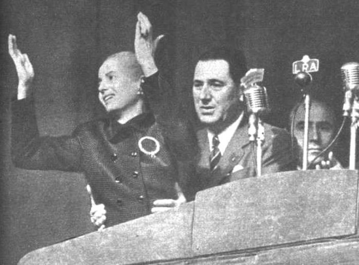 Хуан и Эва Пероны на площади Мая, 1951 год