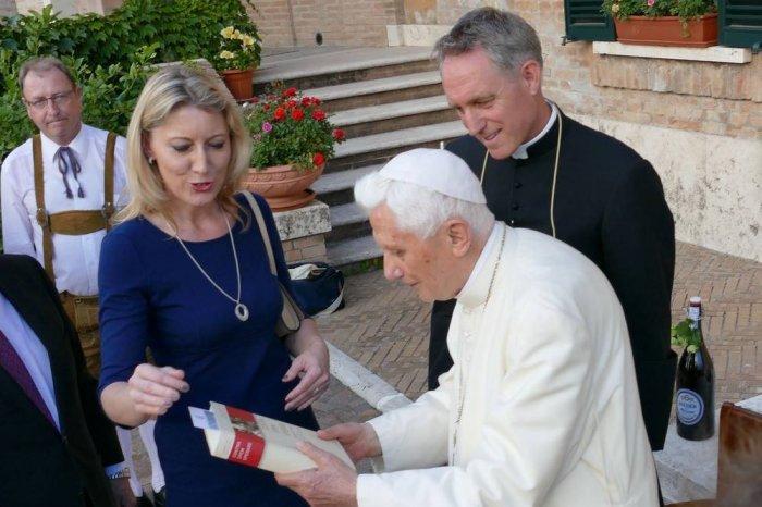 Арихиепископ Генсвайн и Бенедикт XVI