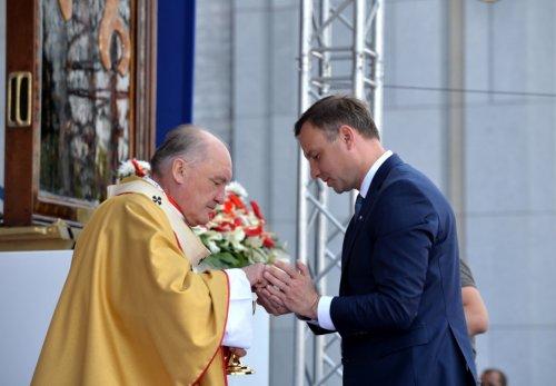 Великолепное свидетельство: во дворец президента возвращается традиция ежедневного служения литургии