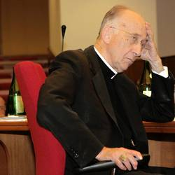Кардинал Руини госпитализирован из-за проблем со здоровьем