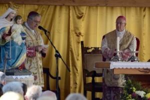Монс. Джузеппе Андрик во время Мессы 26 августа в Канале-д'Агордо