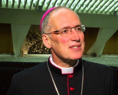 Канадский архиепископ предложил рукополагать женщин в диаконы