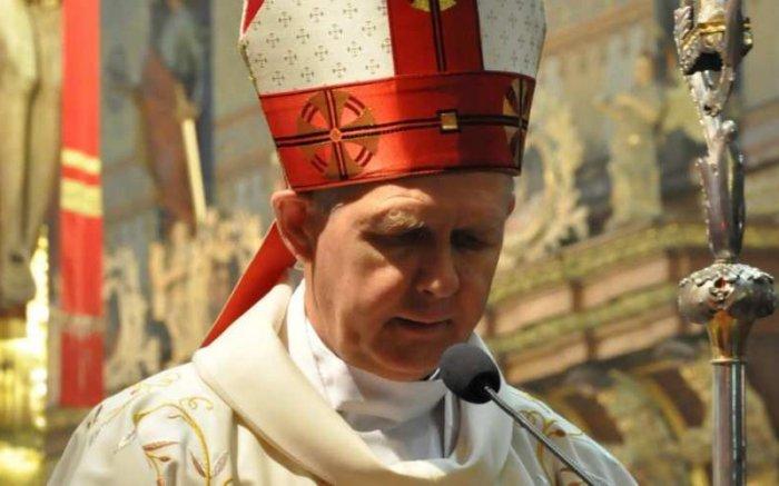 Архиепископ Томаш Пэта: «Дым сатаны проник на Синод епископов»