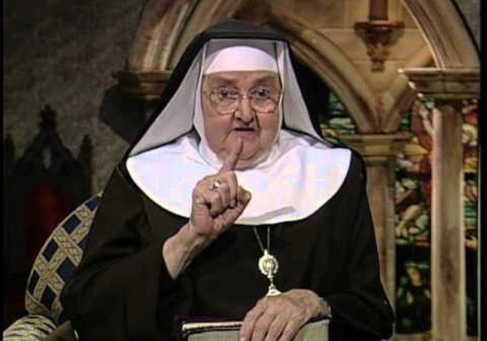 Мать Анжелика продолжала великую традицию грозных монахинь, умеющих приводить дела в порядок