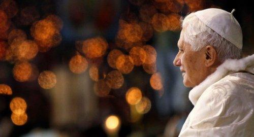 Папе Римскому — 90 лет!